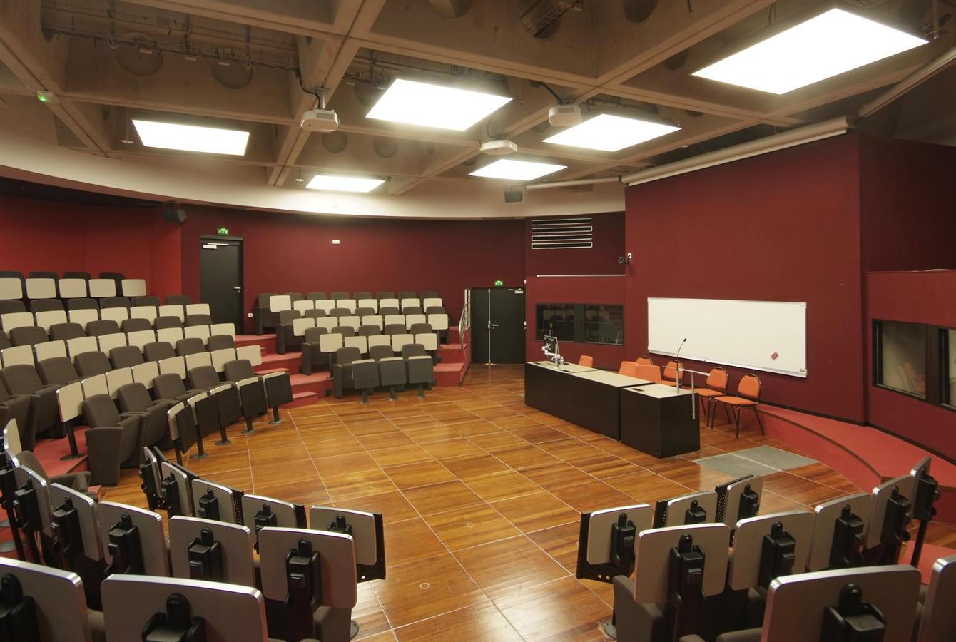 Centres de Conférences